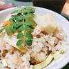 掘り立ての竹の子を食べ尽くす。刺身にタケノコご飯にピリ辛炒め物・・・、旬の味覚、最高!