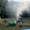 石八前広苑のくん炭作り