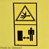 【閲覧注意】トラウマ確定?!怖すぎる建機の注意シール