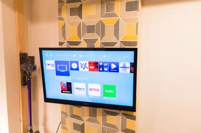 【壁掛けテレビDIY#5】2万円でここまでできる壁掛けテレビ!ディアウォールで穴を開けない賃貸DIY