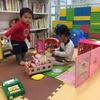 キッズスペースでおもちゃを独り占めする子にどう対処する?