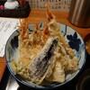 金沢市香林坊にある割烹むら井で、甘海老の天丼(1日10食限定)。これで1,000円、金沢スゴい。その後、買い物、コンサート鑑賞、練習も。