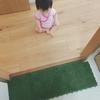 ・最後に働いてもらいましょ。捨てる前の靴下で床掃除