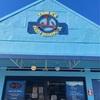 ロコがおすすめのポケはこちらのお店で。毎日が行列のヤマズフィッシュマーケット。