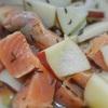 サーモンとりんごのサラダ、キャラウェイ風味
