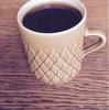 北欧アンティークのカップでコーヒー。