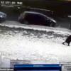 カザフスタンに住む女性は、空から落ちつららを迎えて死亡した事件