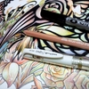 完成】100均ダイソーの虹色鉛筆とぺんてる慶弔サインペン(筆文字)でスワロウテイルを塗ってみました☆パズドラ塗り絵より