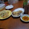 幸運な病のレシピ( 245 ) 夜:餃子、鳥レバ糸コン、イカ油揚煮つけ、汁