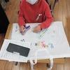 2年生:作品袋に絵を描く