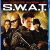 「S.W.A.T.」<ネタバレ・あらすじ>国際指名手配犯を移送させる特別戦術攻撃隊!!俺を逃がした奴に一億ドル払うぞ