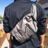 【Mission Sling |レビュー】軽くて街歩きに便利なアメリカ・カリフォルニアの人気ブランドTimbuk2の斜めがけバッグ