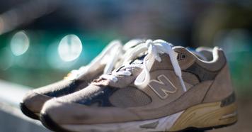 どこまでも歩ける気がする。ニューバランスM991の評価と履き心地。