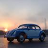 VW BEETLEに乗って、夕陽。