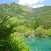 エメラルドグリーンの輝き!青木村ふるさと景観100選の滝川ダム