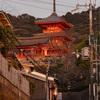 夕暮れの清水寺
