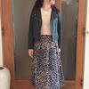 女っぽレオパード柄スカートはハードアイテムと痩せ見えコーデ