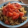 トマト、牛肉炒飯を作る。