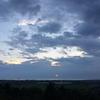 雲の向こう、海の風