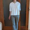 二の腕が太く見えない白Tシャツ4枚を比較|ZARAのパンツとドゥクラッセTシャツのコーデ