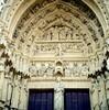 アミアンの大聖堂正面の左右の扉口(フランス)
