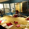 レッスンレポート)3/8 本川町教室 偶然にも全員赤色で編んでいます