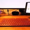 ユニセックスでフラットデザインなBluetoothキーボード「K380」は、TPOを選ばない