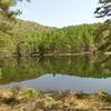 東山魁夷が描いた御射鹿池。場所は長野の茅野市です。