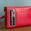 キキの赤いラジオ ポーチ