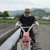 丸三のさつま芋畑2014(畝おこしマルチ張り)