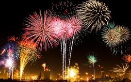 今年こそ花火を上手に撮影したい!初心者必見!花火の撮り方教えます。