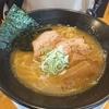 クセになるトロトロの鶏白湯そば