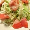 「レタスとトマトの玉ねぎドレッシングサラダ」レシピ