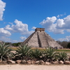 【Love traveling: World heritage in Mexico】Tours round Maya's historical sites, Chichen Itza