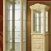 ロココ調イタリア家具のガラスキャビネット、キュリオはヒンジに注意