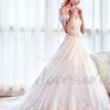一生の幸せは彼と伴う、一日の美しさは素敵なウィデングドレスで実現させる