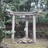 【木嶋坐天照御魂神社】日本唯一の三柱鳥居がある木嶋神社(蚕の社)とは?
