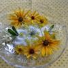 窓辺テーブルの模様替え・・・黄花のニューモイストポプリ
