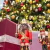 丸の内のクリスマスは「くるみ割り人形」の世界へ!丸ビルのクリスマスツリーを見てきました