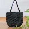 毛糸のバッグのご紹介。
