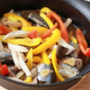 さんまとパプリカ、エリンギの黒酢甘辛煮/柳宗理の浅型鉄鍋の活用法