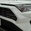 新型RAV4のおすすめカスタム!専用カーテン、サンシェード、車中泊グッズで快適なカーライフを。