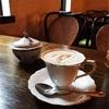 カフェ・ドゥ・ラペさんの隠れ家感とマスターに荒んだ心を静めてもらいました。