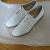 白い靴を買いました!