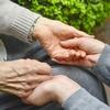 介護職員初任者研修の取得を目指す!資格の取り方を現役介護職が徹底解説
