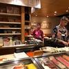 先斗町 すしてつ 年始もやはり超人気店 いったい一日どれだけ寿司を握るの~?先斗町三条側入り口からスグ