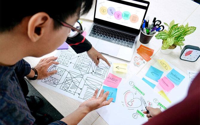 「初心者でも使いこなせるスマホって?」 UXデザインチームがグッドデザイン賞を受賞するまで