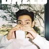 BIGBANGのT.O.P、ミルク男子に変身!?いつもとは真逆なキュートな姿に視線集中