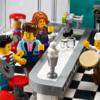 レゴ(LEGO) クリエイターエキスパート 「Downtown Diner(10260)」の新製品画像が公開されています。