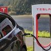 テスラのバッテリー交換式EVはなぜ失敗したか
